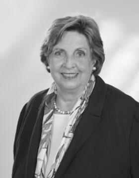 Autorin Gertrud Stöcker